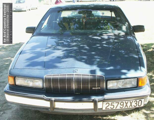 PHOTOS DE LA BUICK REGAL COUPE 1988