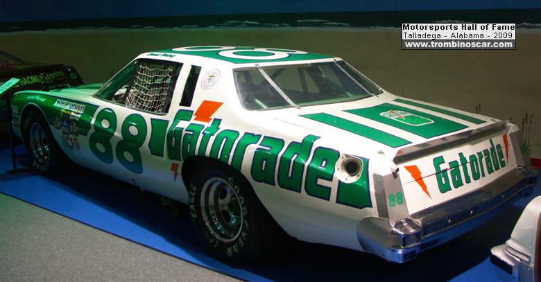 1977 chevrolet monte carlo nascar