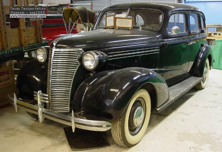 famous 1938 chevrolet master deluxe sedan. Black Bedroom Furniture Sets. Home Design Ideas