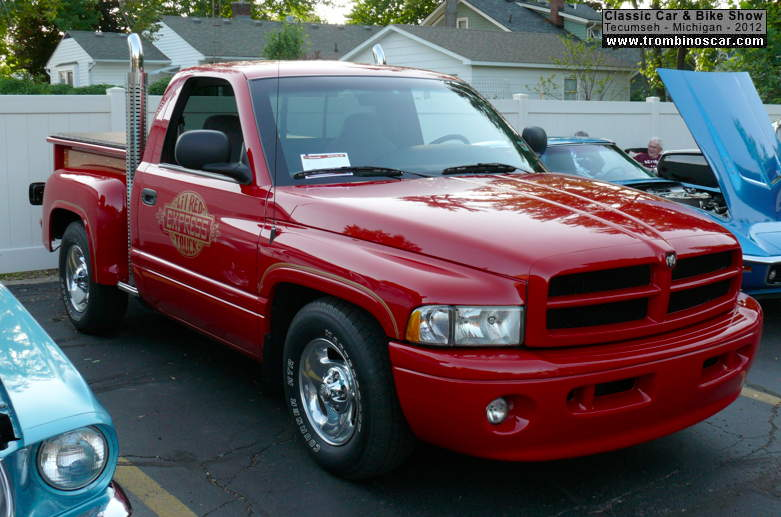 1999 Dodge Lil Red Express Replica Pickup